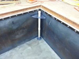 PVC pit liner with leak detection